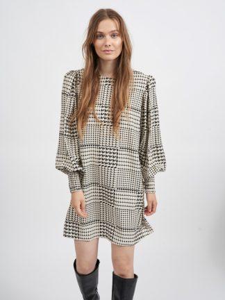 Vestido Monocromatico Look fashion